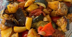 Fırında Sebzeli Etli Yemek