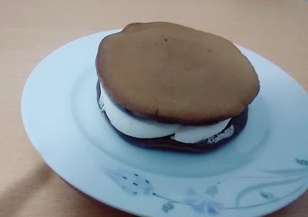 Çikolatalı Süt Burger Tarifi - 1