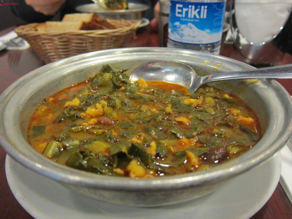 Karalahana Çorbası Tarifi - 1
