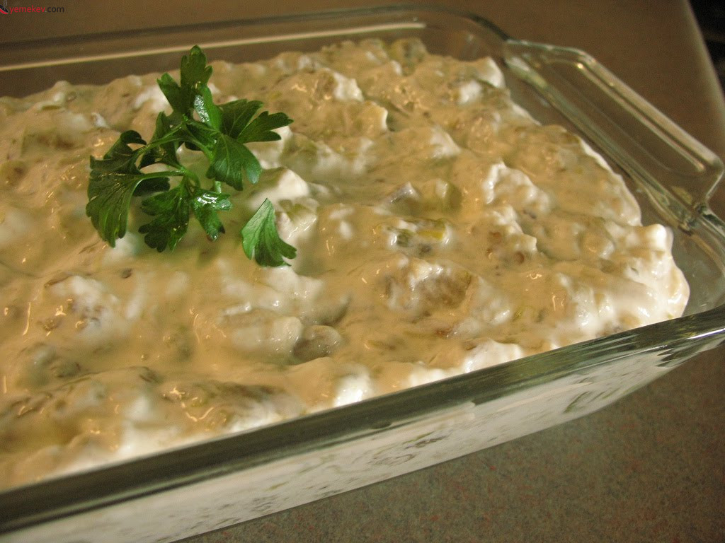 Yoğurtlu Patlıcan Salatası - 2