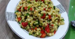 Kavrulmuş Cevizli Buğday Salatası
