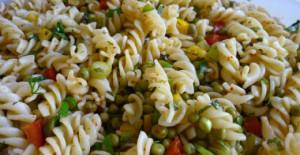 Tavuklu Makarna Salatası Tarifi