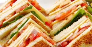 Kulüp Sandviç (Club Sandwich) Tarifi