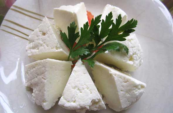 Evde Peynir Yapımı Tarifi - 1