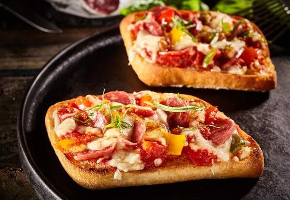Pamuk Ekmek Pizza Tarifi - 1