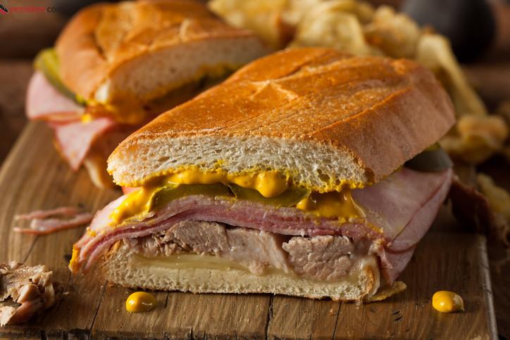 Ton Balıklı Sandviç Tarifi - 2